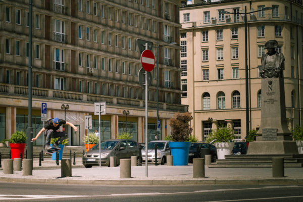 TYSKIE-TOUR-TITUS-MUENSTER-SKATEBOARD-TRIP-TO-WARSAW