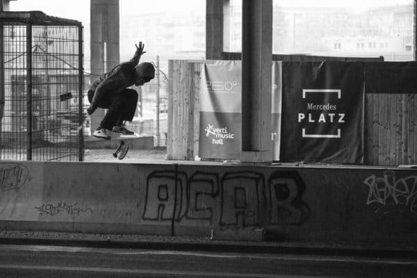 skatedeluxe-levis-skateboarding-irregularskatemag-manny-lopez-theo-acworth