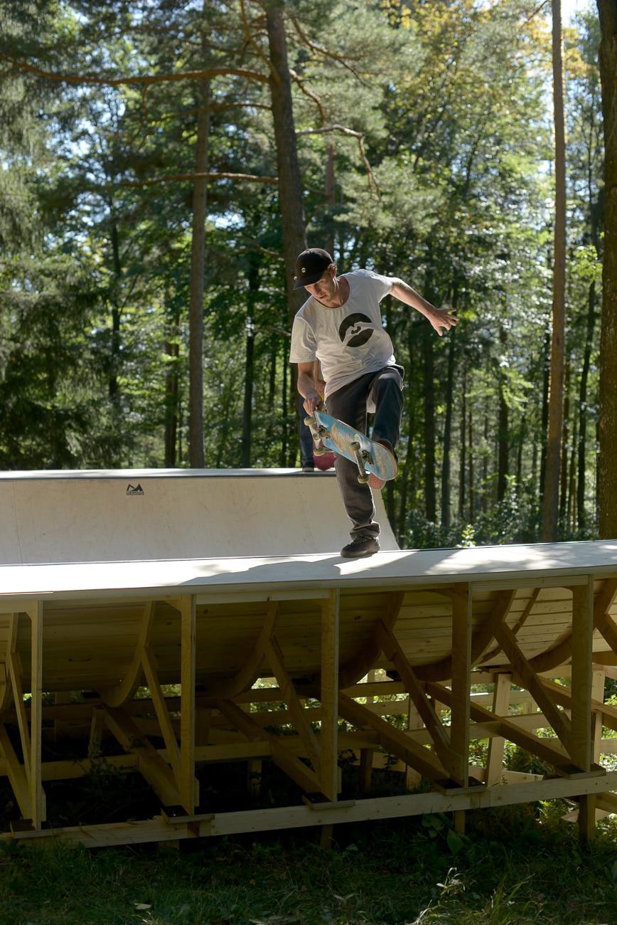 wheels-on-woods-red-bull-skateboarding-irregularskatemag-12