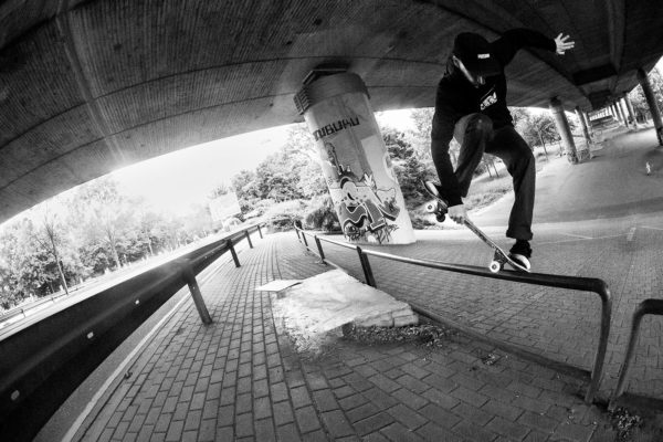 martin-schiffl-Crooked-grab-over-robert-christ-irregularskatemag