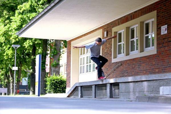 flo-westers-emillion-skateoboarts-part-irregularskatemag