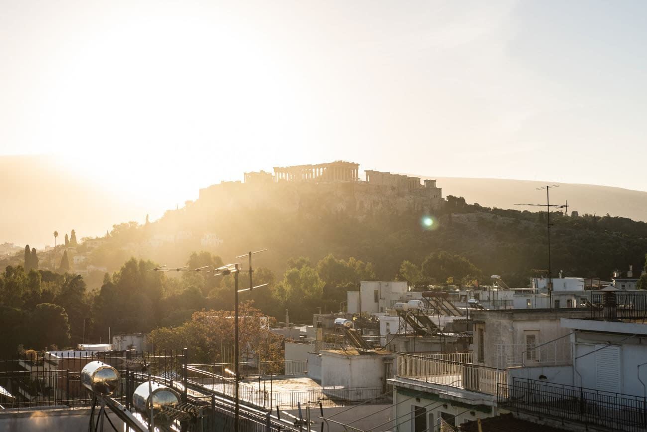 crossing-borders-andre-gerlich-irregularskatemag-skateboarding-gotti-stefan-athen-acropolis