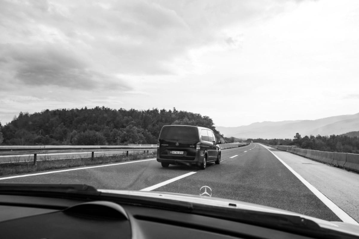 crossing-borders-roadtrip-to-athens-irregularskatemag-skateboarding-gotti-stefan