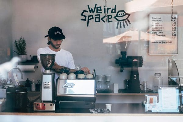 Weirdspace-cafe-duesseldorf-robert-christ-marcel-irregularskatemag-15