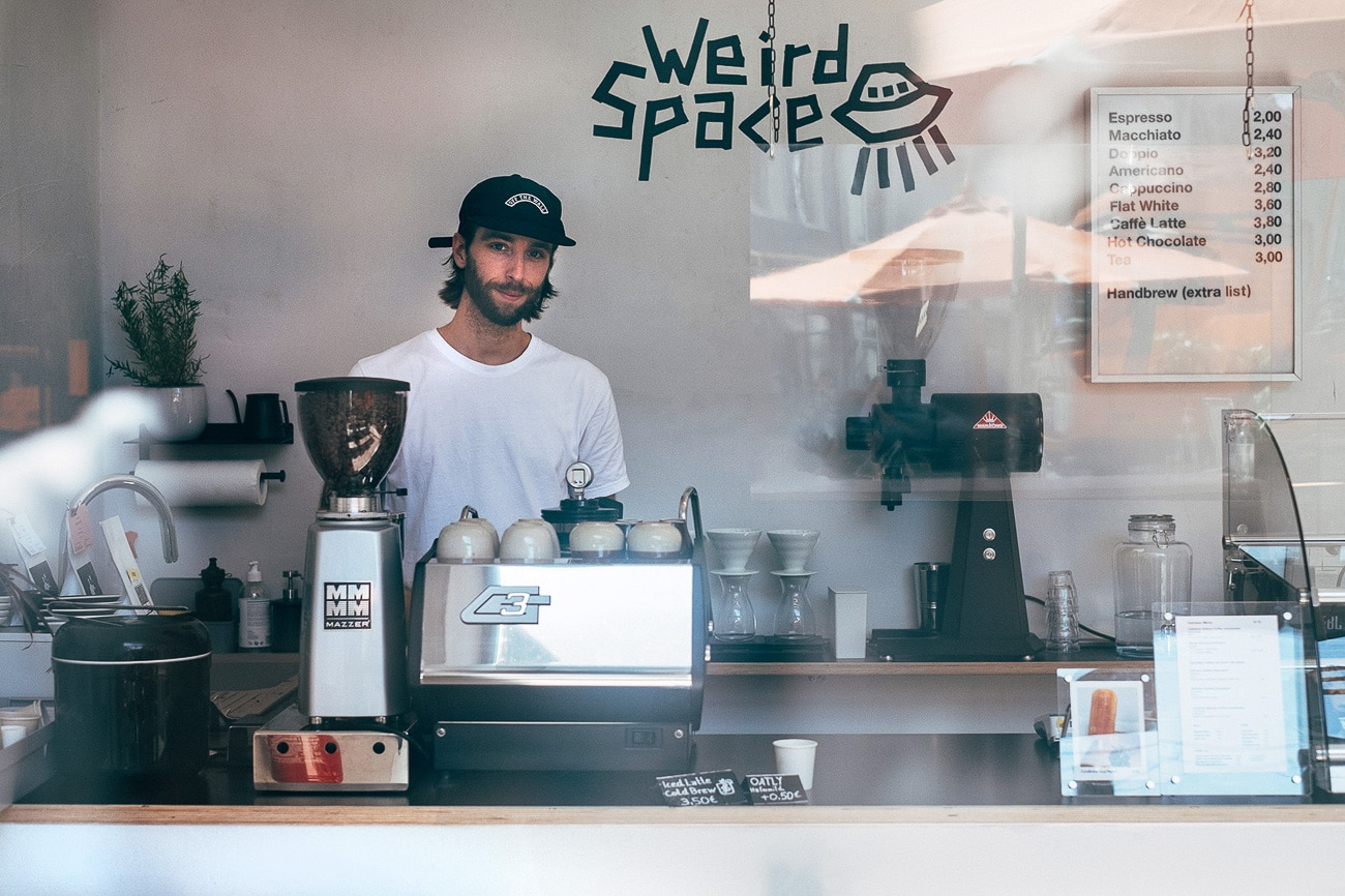 Weirdspace-cafe-duesseldorf-robert-christ-marcel-irregularskatemag-15