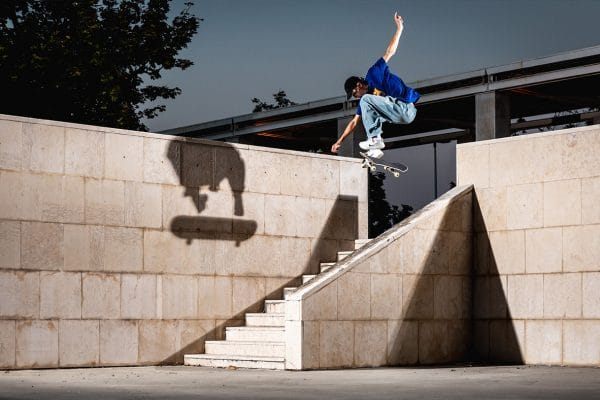 deaf-chips-irregularskatemag-issue-41-milano-tour-hannes-Mautner
