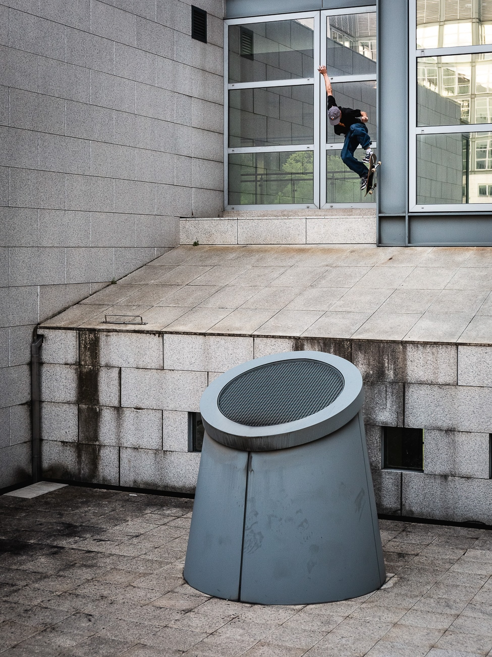 deaf-chips-irregularskatemag-milano-tour-hannes-mautner-photo-36