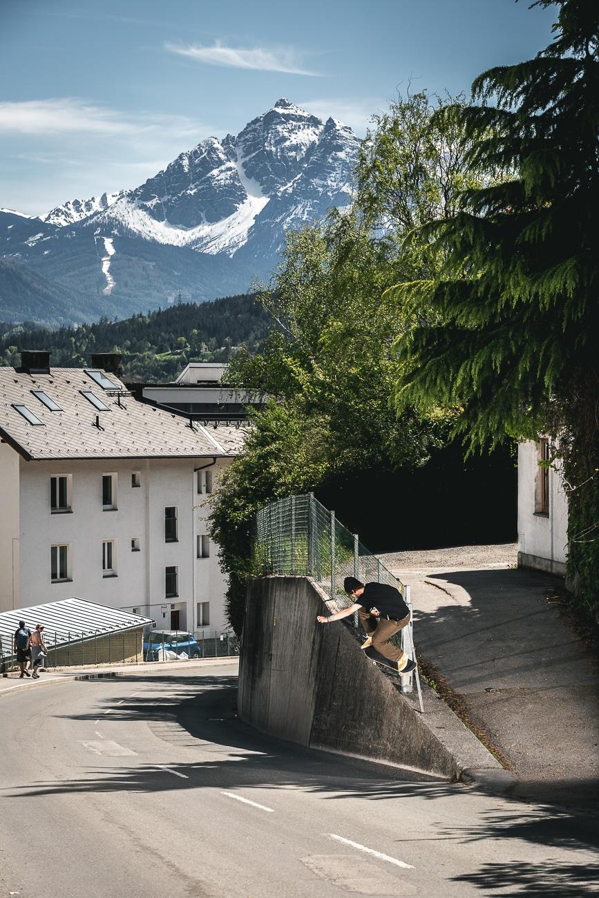 irregularskatemag-innsbruck-tour-artikel-fabian-reichenbach-hannes-mautner-theo-acworth-gotti-stefan-43