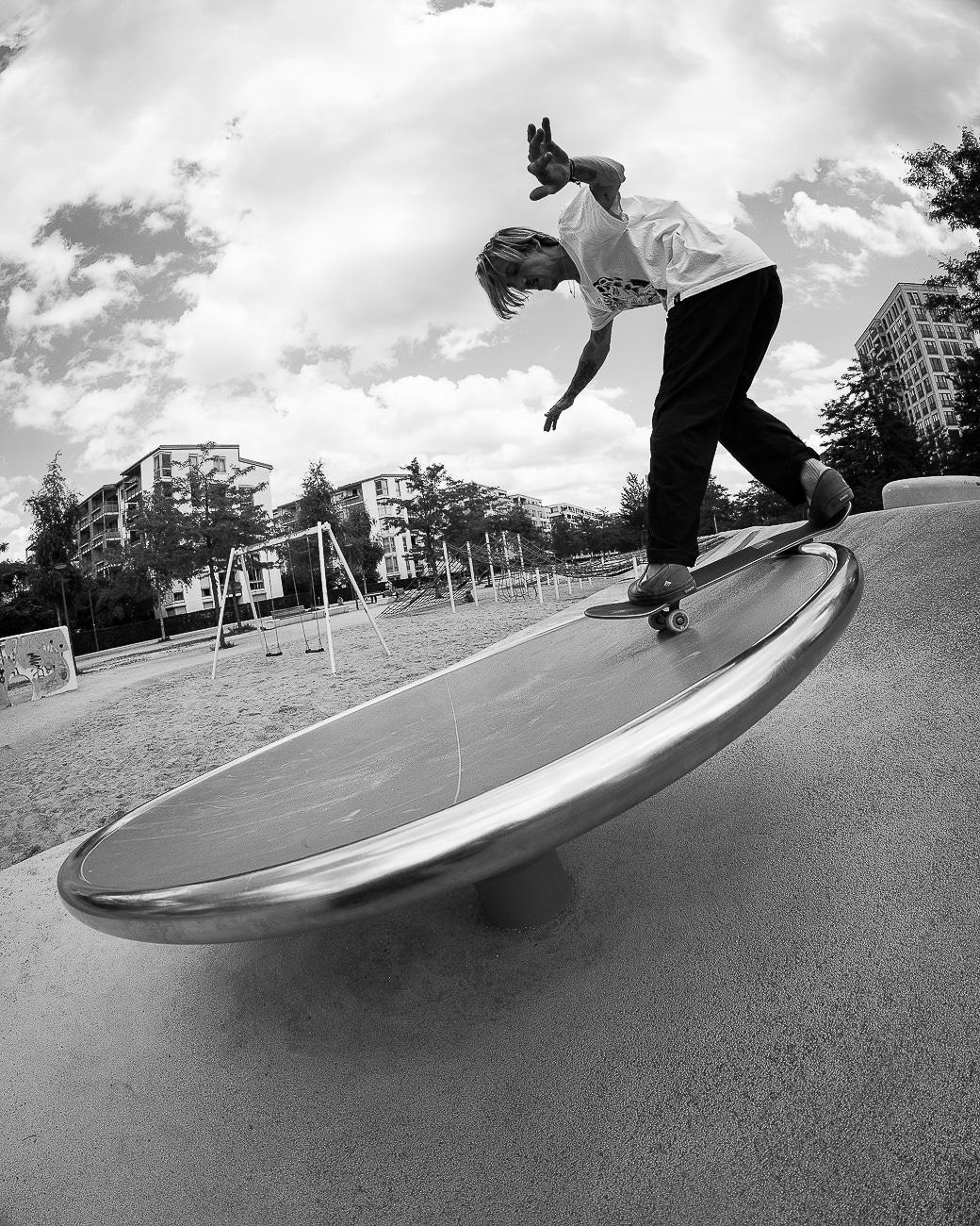 red-bull-skateboard-feinkost-irregularskatemag-fabian-reichenbach-3